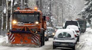 Solidne opady śniegu w Zakopanem (PAP/Grzegorz Momot)
